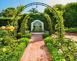Click to view  La Jolla Classic Garden gallery